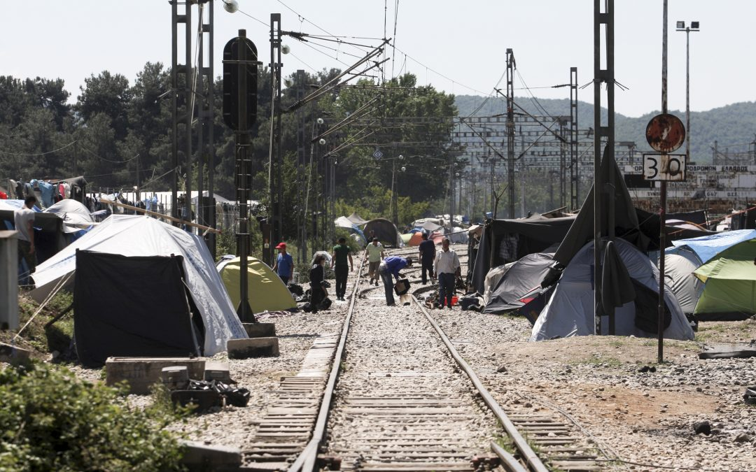 Urgent call to stop violent attacks against journalists covering migrants' arrival in Greece